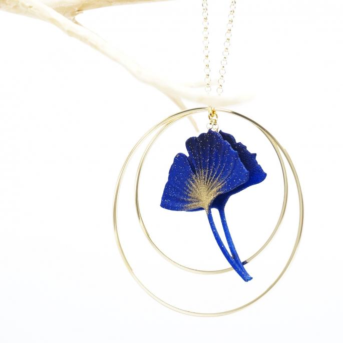 Sautoir Collier ginkgo bleu créole dorée