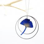 Sautoir Collier ginkgo bleu créole argentée