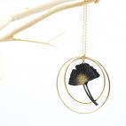 Sautoir Collier ginkgo noir créole dorée