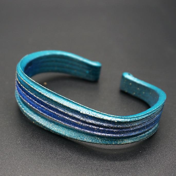 Manchette Modèle V bleu