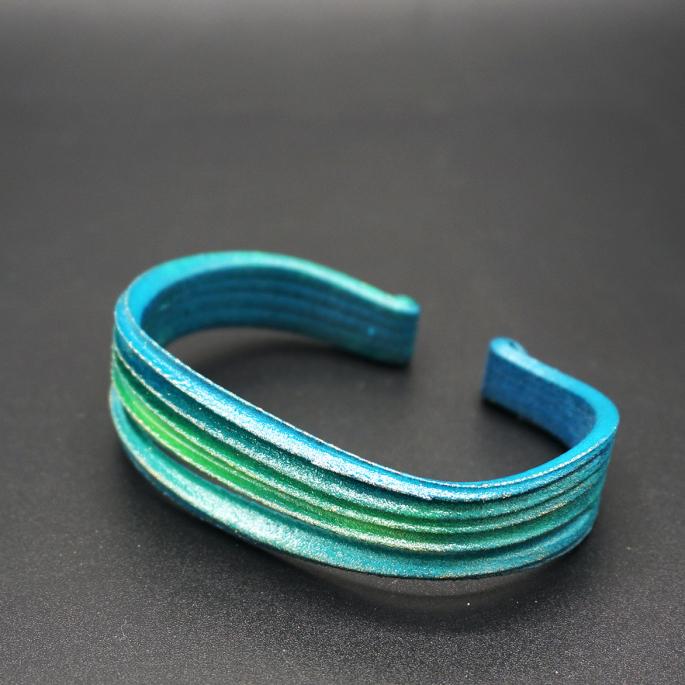 Manchette Modèle V vert de bleu