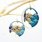 boucles d'oreilles vague japonaise bleu feuille dorée